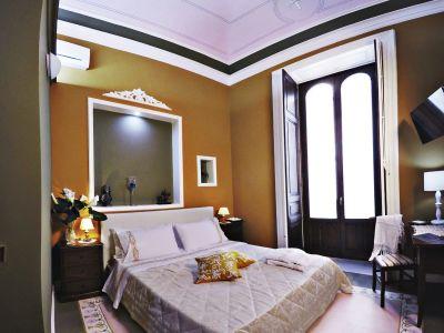 Art-fashion-house-luxury-rooms-camera-bellini-gallery-05