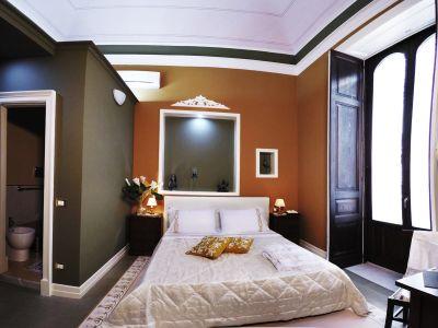 Art-fashion-house-luxury-rooms-camera-bellini-gallery-06